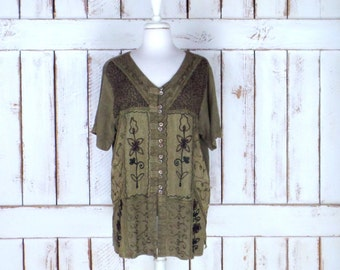 Vintage green embroidered/crochet boho Indian top/gypsy festival blouse/short sleeve button down/large