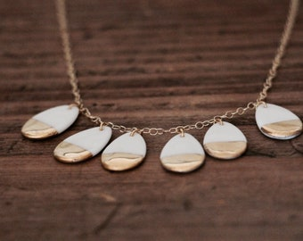 Necklace drops porcelain gold