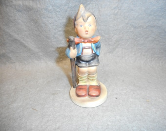 "Vintage HUMMEL 4""  Figurine Little Hiker # 16/0 TMK 2"