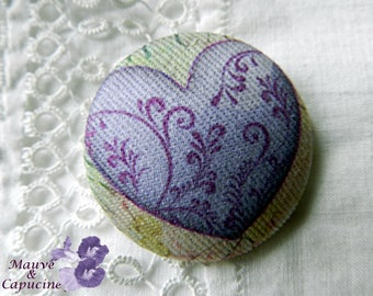 Button out of fabric, purple heart, 0.86 in / 22 mm