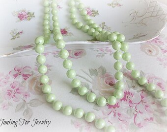 Vintage Mint Green Beaded Necklace