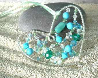 Tutorial to make a beaded wire heart decoration - downloadable pdf pattern