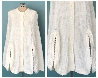 70s Cream Knit Cape, Poncho Cape, Knitted Cape, Knit Poncho, Knit Shawl, Chunky Knit Cape, Knit Sweater, Medium, TaraLynEvansStudio