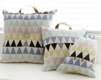 """Cotton Linen Pastel Triangles Geometric By the Yard (59 x 36"""") 37790 - 294"""
