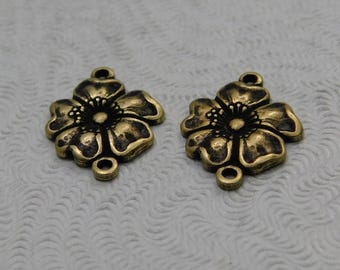LuxeOrnaments Small Oxidized Brass Filigree Dogwood Flower Stamping 2 Loop Connector (2 pc) 14x11mm G-5849-B