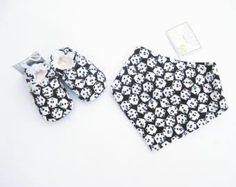 Sale SMALL Dice / Soft Sole Shoes and Bandana Bib / Baby Gift Ready to Ship