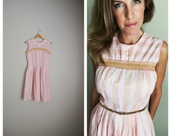 vintage 50s 60s pink striped lightweight sleeveless summer dress -- womens small --36-26-free