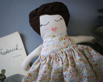 """Poupée à la main   Lotti 17"""" poupée de chiffon   Le Doudou fait main   La peluche   Poupée de l'héritage   Poupée en tissu   Poupée en tissu   Cadeau de Noël   Baby Doll"""