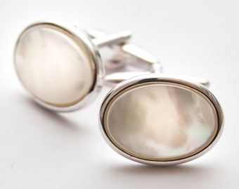 Mother Of Pearl cufflinks.  Silver Cuff Links. Oval. Gifts For Men. Groom Cufflinks.  Wedding cufflinks. Birthday gift for man
