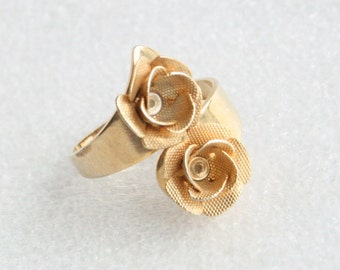 Vintage Flower Ring Gold Mesh Floral Wrap Ring Vintage Bypass Costume Jewelry Ring