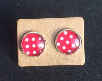 Red Polka Dot Earring Studs, retro earrings, stud earrings, Red and white earrings, dot earrings, nickle free earrings, glass dome earring