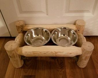 Raised Log Dog Bowl Holder