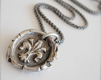 Antique WAX SEAL Necklace Silver  Fleur de Lis - French Wax Seal Jewellery - New Orleans SYMBOLISM - Your Daily Jewels