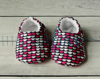 Soft sole baby shoes | Baby booties | Soft sole shoes | Baby girl shoes | Crib shoes | Pink baby shoes