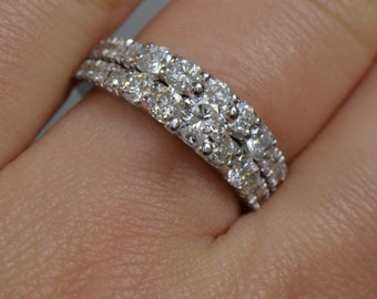 Diamond Engagement Ring and Wedding Band Set (18K White Gold)