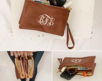 Monogrammed Wristlet | Monogrammed Crossbody Clutch | Vegan Leather | Wristlet Wallet | Personalized Gift | Graduation Gift | Monroe