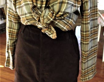 Corduroy Skirt/ Black Stretch/ 70's Chic/ Thrifted Corduroy/ Size 12 Black Skirt/ Retro Clothing/ Shabbyfab Thrifted Clothing