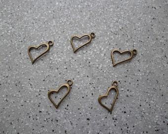 5 charms bronze metal hearts