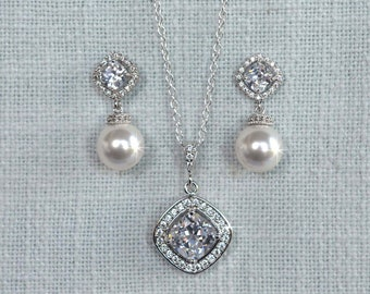 Your Choice Pearl Colour -- Cushion Cut Square Cubic Zirconia CZ and Swarovski Pearl Bridal Necklace and Earrings Set, Wedding (Pearl-883)