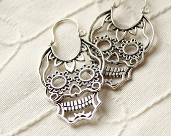 Mexican skull earrings Silver-Funny Earrings Halloween jewelry Day of the dead Skull jewelry Calavera earrings original gift jewelry hipster