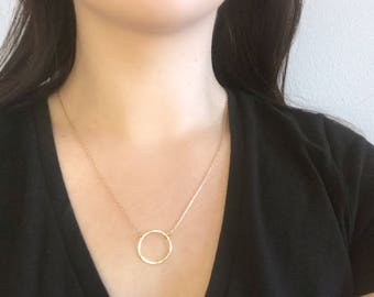 Hammered gold circle necklace/ Gold layering necklace/ 14K Gold necklace
