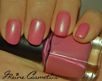Hawt (Discontinuing) - Light Pink with a salmon shimmer Nail Polish