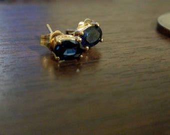 Vintage 14k Gold Sapphire Earrings