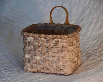 Small Mail/Door Basket
