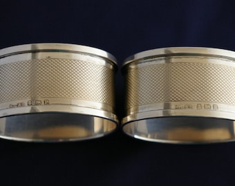 Two Engraved Silver Oval Napkin rings 1914 Birmingham uk