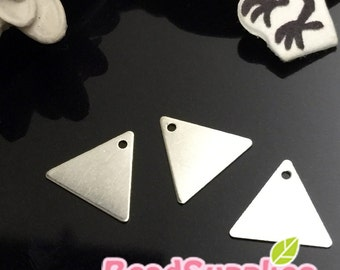 CH-ME-09329 - Silver plated,  triangle charm, 12 pcs