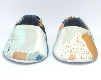 6-9mo RTS Baby Moccs: Abstract Art Watercolor / Crib Shoes / Baby Shoes / Baby Moccasins / Vegan Moccs / Soft Soled Shoes / Montessori Shoes
