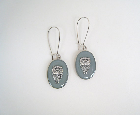 Owl earrings, grey earrings, grey resin earrings, boho chic jewelry, long lightweight earrings, nature animal jewelry, teacher gift