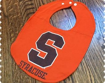 Syracuse Baby Bib, Recycled T-Shirt Baby Bib, Syracuse New York, Syracuse University, Syracuse Sports, Gender Neutral Baby Shower Gift