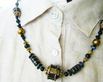 Black and gold woven beads necklace
