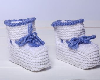 White baby booties Baby booties Baby boy booties Hand knit booties Newborn booties Toddler booties Knitted baby booties Crochet baby booties