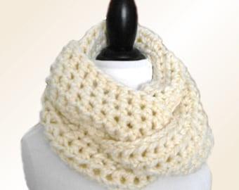 Infinity Scarf Cowl Chunky Winter White Scarves Womens Scarfs Soft Knit Wool Infiniti Scarf Cream Infinity Hand Made in USA Crochet Loop