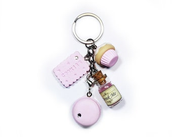 Alice in Wonderland KeyChain - Drink Me Eat Me Kawaii
