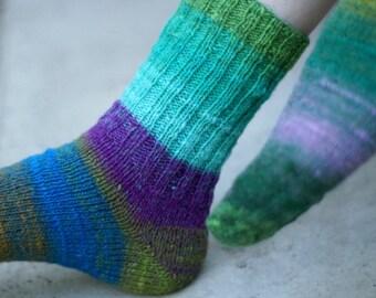 Hand knitting noro women wool Socks colorful stripes autumn fashion blue green lilac