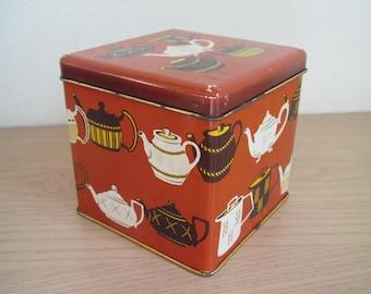 Vintage Tea Tin, Teapot Design