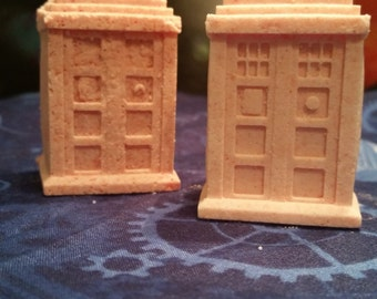 Hello Sweetie (Pink Grapefruit Bath Bomb) - TARDIS