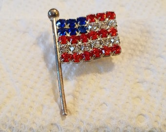 Vintage American Flag Lapel Pin,  lapel pin, hat pin, American Flag pin