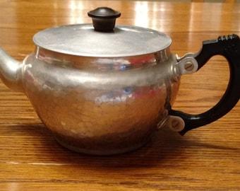Vintage Hammered Aluminum Teapot J106A by N C Joseph Ltd. Stratford-On-Avon England  Bakelite Handle