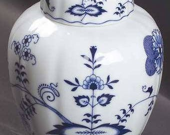Blue Danube Blue Onion Medium Ginger with Lid