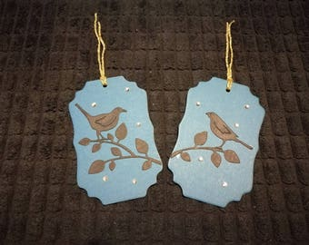 Pair of coordinating bird silhouette gift tags