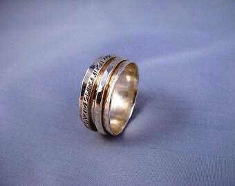 Hammered Spinning Silver Ring - ElenadE