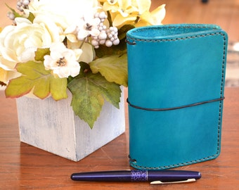 Pocket Executive Leather Traveler's Notebook Cover: Turquoise