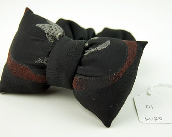 Scrunchie with a big puffy bow Black 01