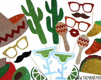 Cinco De Mayo Photo Booth Props ~ DELUXE 22 piece prop set with GLITTER ~ Mexican Photobooth Props