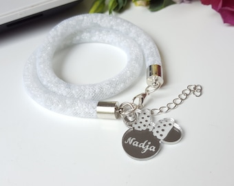 White bracelet with personalized Minnie pendant