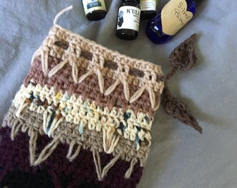 Medicine pouch - tarot card bag - crochet - essential oils - crystal